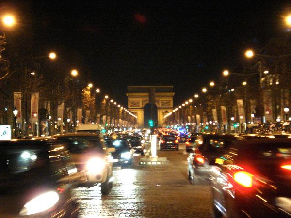 Champs-Élysées e Arco do triunfo - Paris - Fui e Vou Voltar - Alessandro Paiva