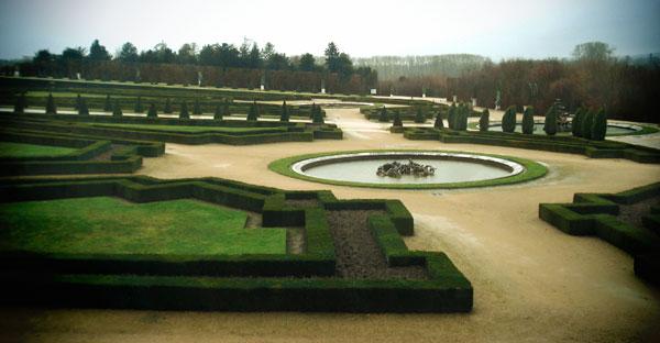 Um dos Jardins do Palácio de Versalhes - Paris - Fui e Vou Voltar - Alessandro Paiva