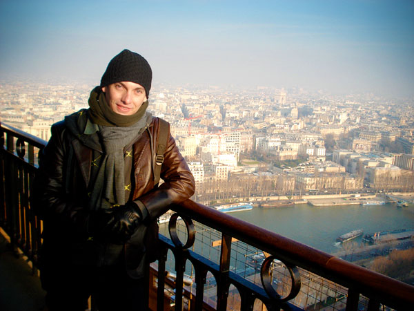 Vista do segundo andar da Torre Eiffel - Arco do Triunfo bem ao fundo - Paris - Fui e Vou Voltar - Alessandro Paiva