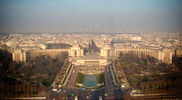 Trocadéro visto do segundo andar da Torre Eiffel - Paris - Fui e Vou Voltar - Alessandro Paiva