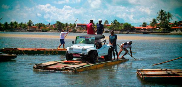 Travessia de bugue em balsa sobre o rio Ceará-Mirim - Natal - Fui e Vou Voltar - Alessandro Paiva