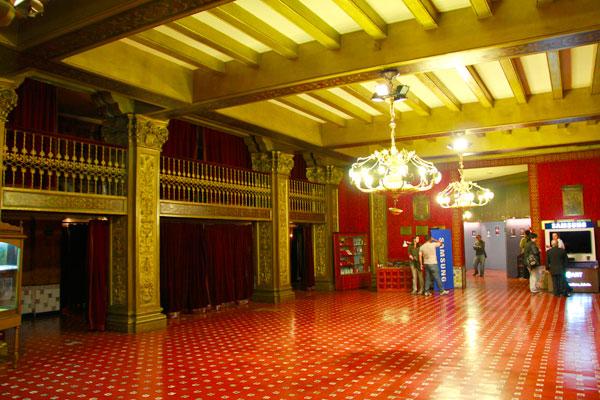 Hall de entrada do Teatro Nacional Cervantes - Buenos Aires - Fui e Vou Voltar - Alessandro Paiva