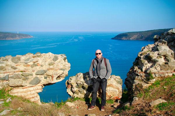 Mar Negro ao fundo - Istanbul - Fui e Vou Voltar - Alessandro Paiva