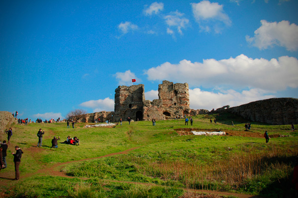 Ruínas do Yoros Kalesi (Castelo Genovês), em Anadolu Kavaği - Istanbul - Fui e Vou Voltar - Alessandro Paiva