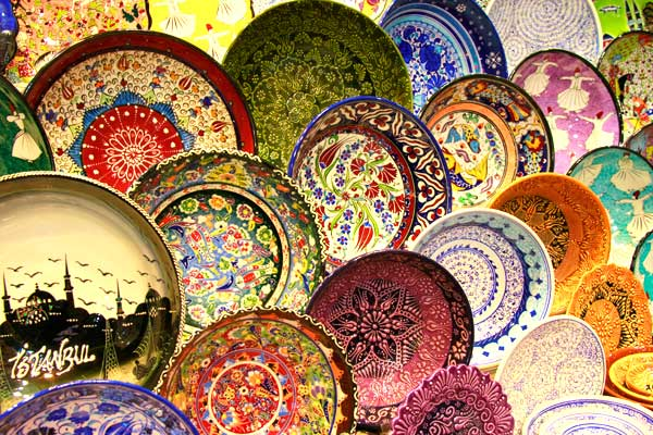 Tigelas pintadas à mão, no Bazar Egípcio - Istanbul - Fui e Vou Voltar - Alessandro Paiva