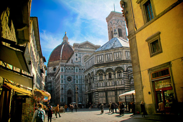 Via dei Banchi, com vista para a Piazza del Duomo - Firenze - Fui e Vou Voltar - Alessandro Paiva