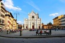 Praça da Santa Cruz. Ao fundo, a Basílica de Santa Cruz - Firenze - Fui e Vou Voltar - Alessandro Paiva