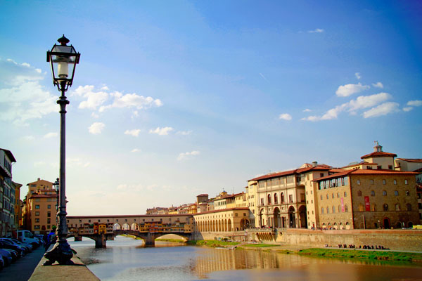 Rio Arno. Ponte Vecchio ao fundo - Firenze - Fui e Vou Voltar - Alessandro Paiva
