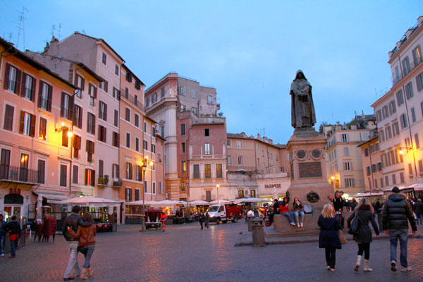 Praça Campo del Fiori - Roma - Fui e Vou Voltar - Alessandro Paiva
