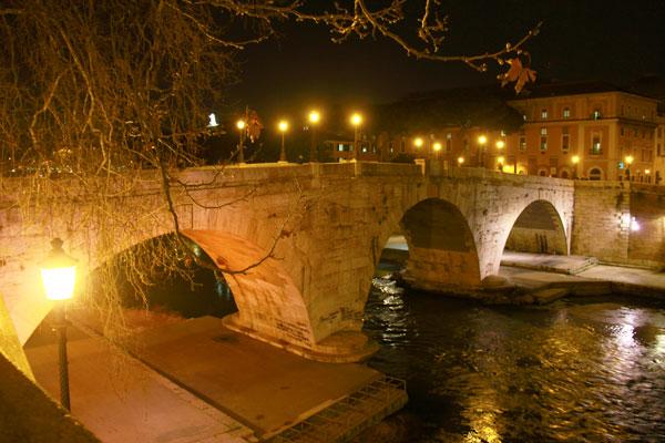 Ponte Garibaldi sobre o Rio Tibre - Roma - Fui e Vou Voltar - Alessandro Paiva