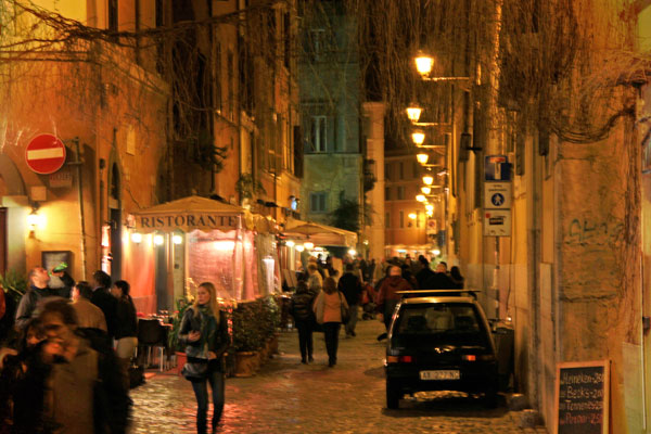 Rua em Trastevere - Roma - Fui e Vou Voltar - Alessandro Paiva