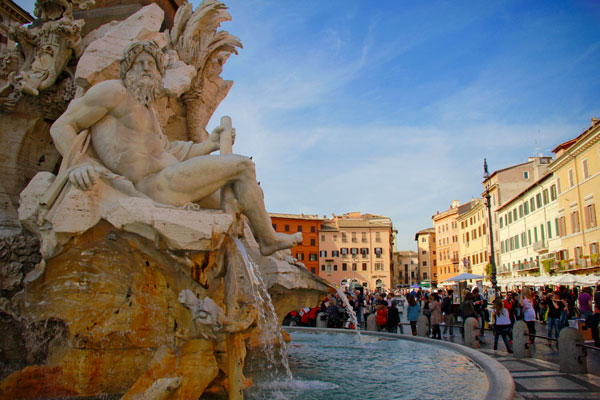 Detalhe da Fontana dei Quattro Fiumi, na Piazza Navona - Roma - Fui e Vou Voltar - Alessandro Paiva