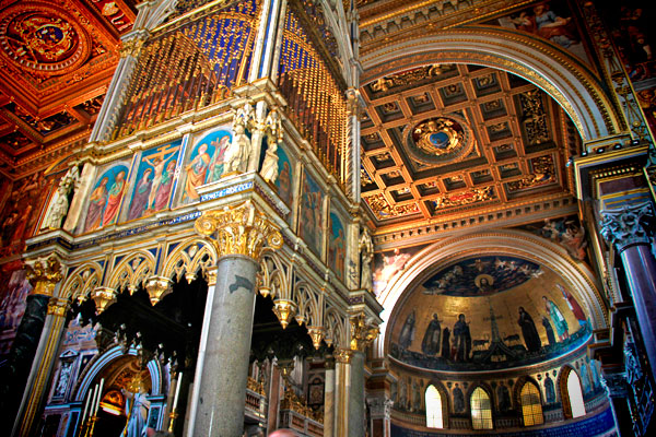 Interior da Basílica de São João de Latrão - Roma - Fui e Vou Voltar - Alessandro Paiva