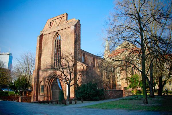Ruine der Franziskaner-Klosterkirche - Berlin - Fui e Vou Voltar - Alessandro Paiva