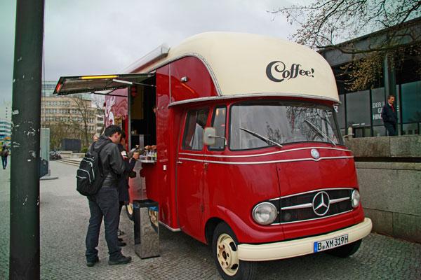 Café - Berlin - Fui e Vou Voltar - Alessandro Paiva