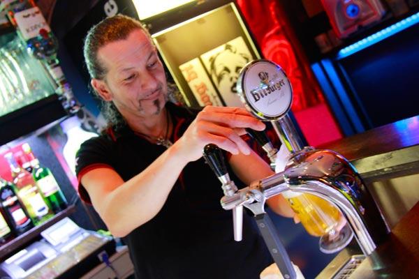 Barman - Berlin - Fui e Vou Voltar - Alessandro Paiva