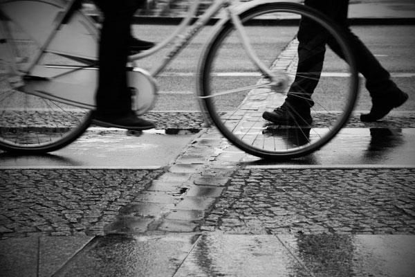 Bicicleta no Muro de Berlim - Berlin - Fui e Vou Voltar - Alessandro Paiva