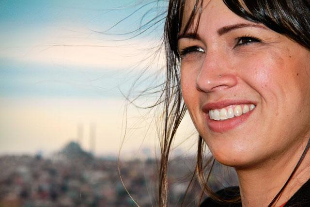 Ana, na Torre de Galata