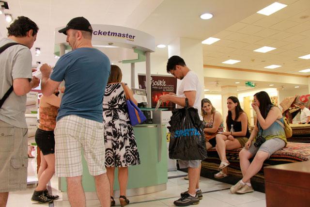 Espera no Ticketmaster da loja Falabella