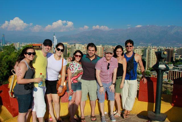 Lydianne, Cristiano, Lívia, Juçara, Élcio, eu, Kaká e Tião, no Cerro Santa Lucía