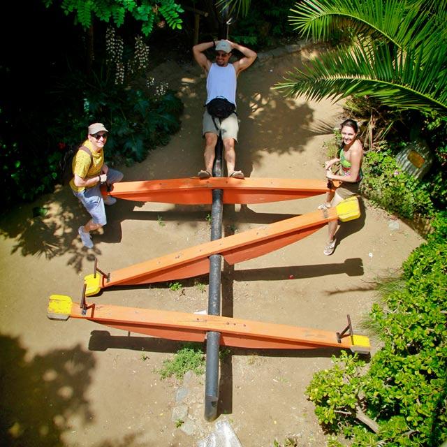 Eu, Tião e Kaká, no quintal da La Sebastiana