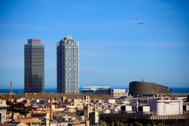 Torres Gemelas (Torres Gêmeas), vistas do terraço da Catedral de Barcelona