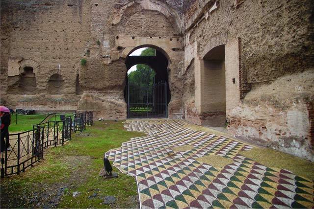 Detalhe de piso restaurado, nas Termas de Caracalla