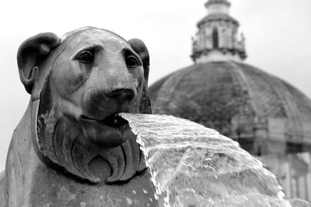 Detalhe da Fontana dell'Obelisco, na Piazza del Popolo