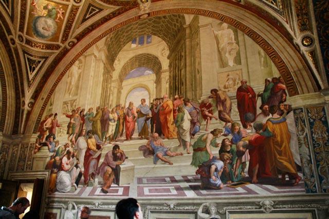 A Escola de Atenas, do pintor renascentista Rafael, nos Museus Vaticanos