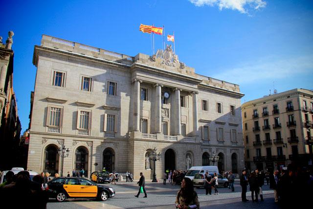 L'Ajuntament de Barcelona (prefeitura), na Plaça de Sant Jaume