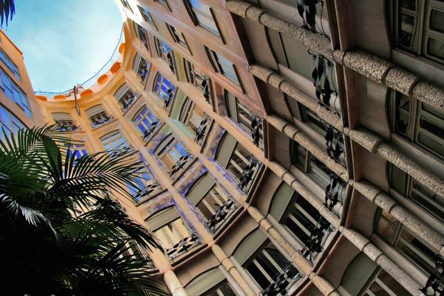 Vão central da Casa Milà