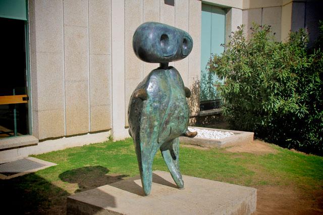 Personatge, de Joan Miró, na Fundació Joan Miró