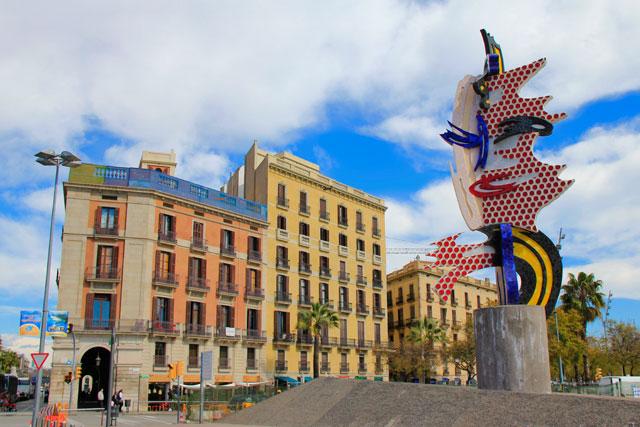 Escultura El Cap de Barcelona, de Roy Lichtenstein