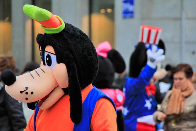 Personagens de desenhos animados, na Puerta del Sol
