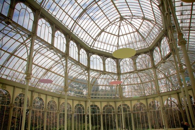 Interior do Palácio de Cristal, no Parque del Retiro