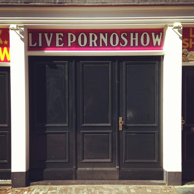 Casa de shows eróticos, no Bairro da Luz Vermelha