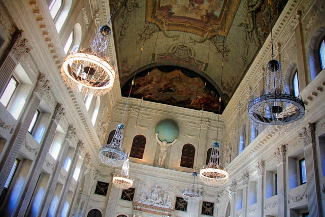 Salão da Cidade, no Palácio Real de Amsterdam.