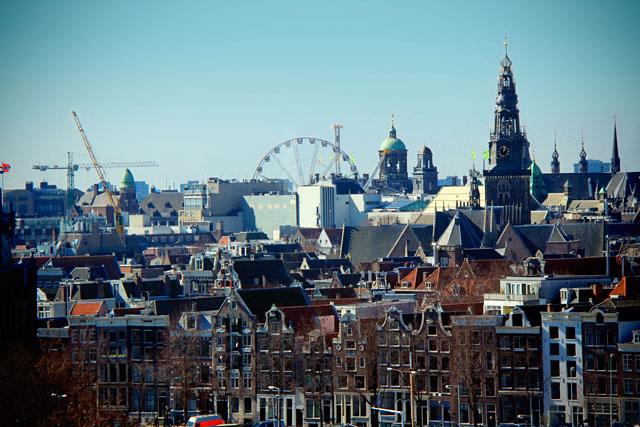 Cidade vista da Biblioteca Pública de Amsterdam