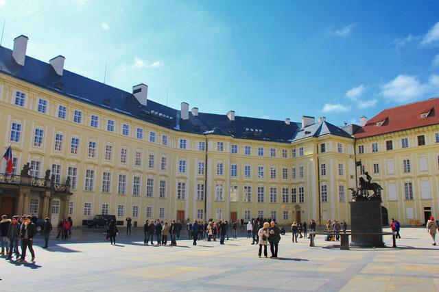 Pátio do Castelo de Praga