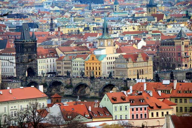 Praga vista do mirante da Praça do Castelo