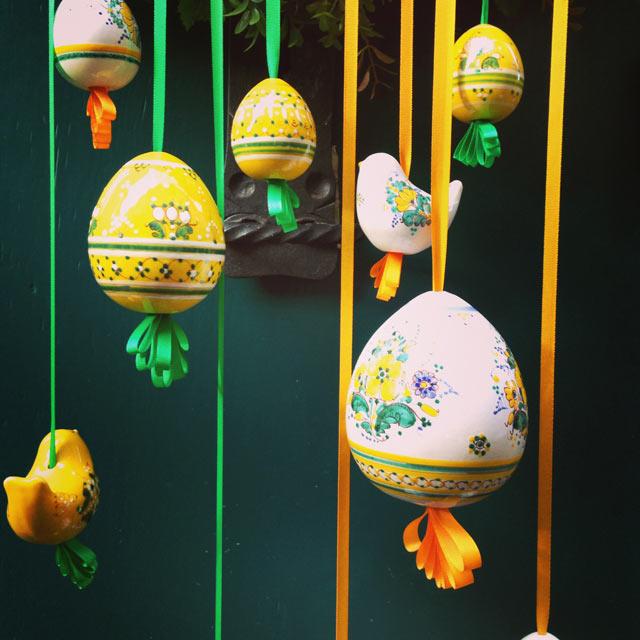 Ovos decorados (via Instagram)