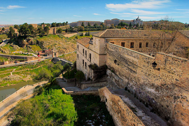 Bajada Alcántara e Convento de la Concepción