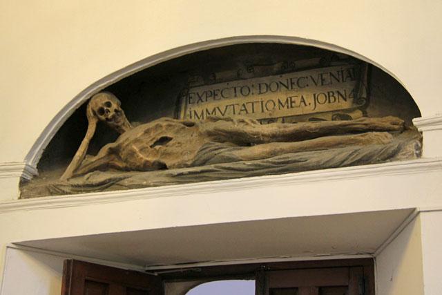 Decoração da entrada do Monastério São João dos Reis