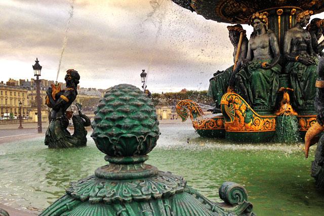 Fontaine des Fleuves (Fonte dos Rios), na Place de la Concorde (via Instagram)
