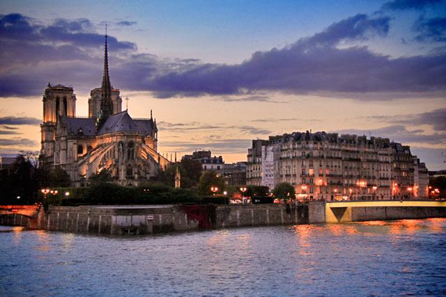 Île de la Cité, com destaque para a Notre Dame