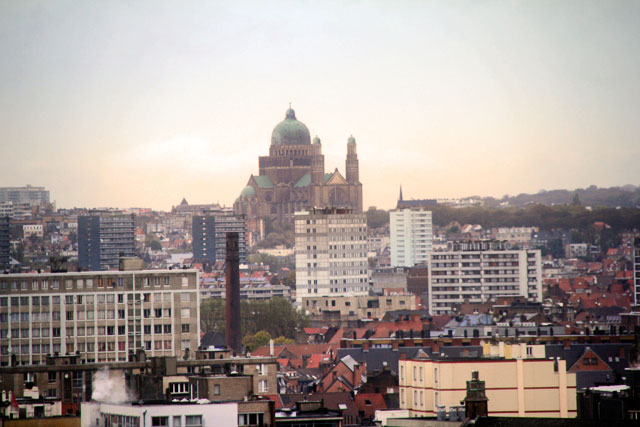 Basilique Nationale du Sacré-Cœur, vista da Place Poelaert