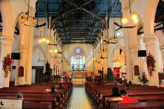 Interior da Catedral de Saint John