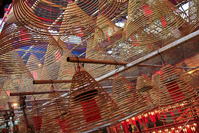 Incensos espirais no Man Mo Temple