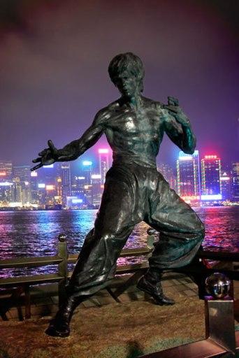 Estátua de Bruce Lee, na Avenida das Estrelas