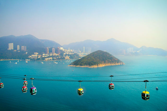 Ilha Middle Island, entre as baías Deep Water Bay e Repulse Bay, vista do The Summit, Ocean Park